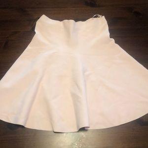 Adorable pink flouncy skirt!